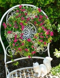 キュートな小花で彩るサマーリース