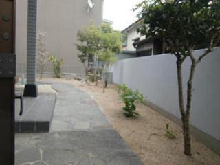 庭と駐車場の拡張 熊本市北区B邸 2012年4月